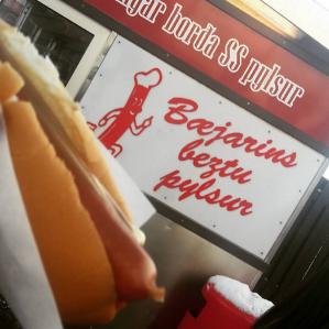 Hot dog at Bæjarins Beztu Pylsur in Reykjavik, Iceland