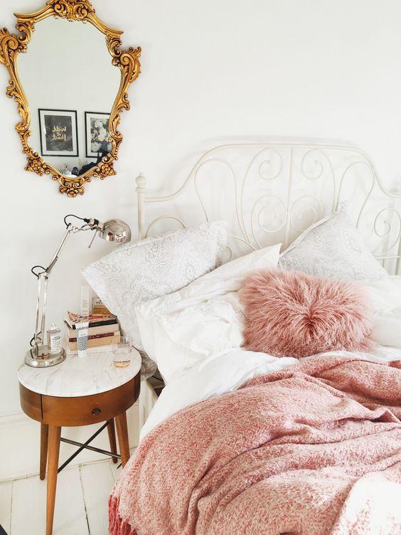 pinkbed